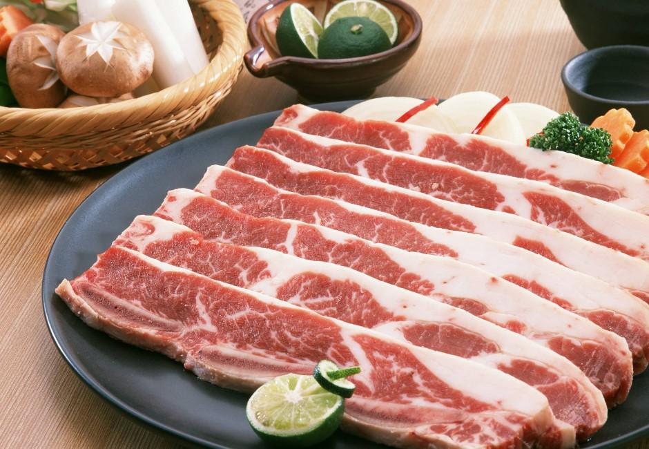 中秋烤肉食材這樣選!零失誤必勝懶人挑肉法 讓你上超市永不踩雷