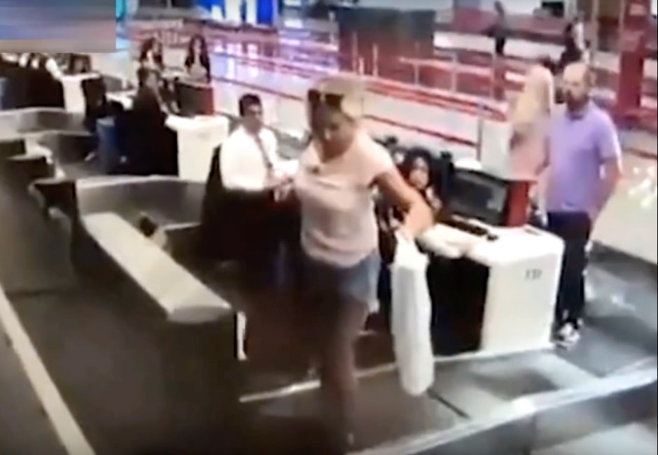 影/最快登機捷徑? 女子機場大搞烏龍地勤全傻眼
